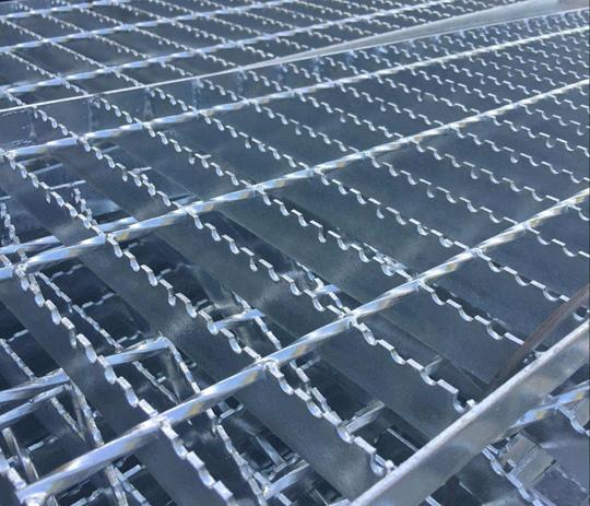 格兰汀防滑齿型格栅板.jpg