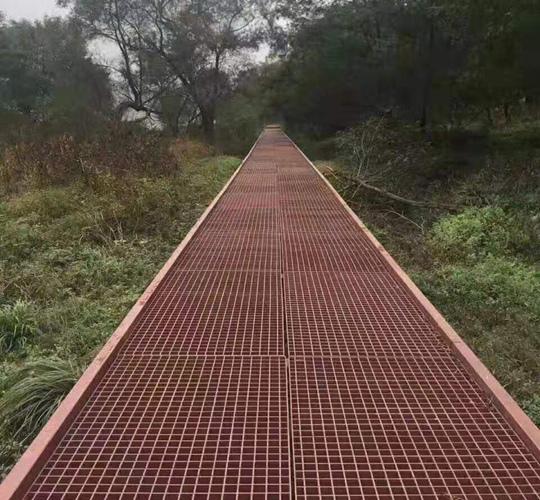 格兰汀重庆格栅板的山地森林客户案例